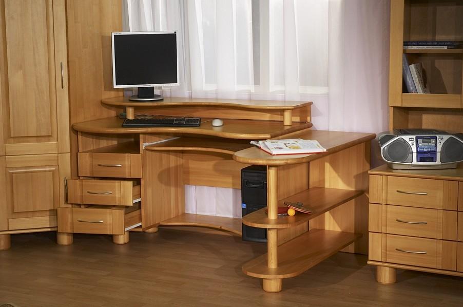 Комоды, компьютерныые столы, журнальные столы. фотогалерея д.